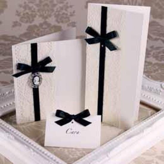 Accent Antique Ivory Creased Cards