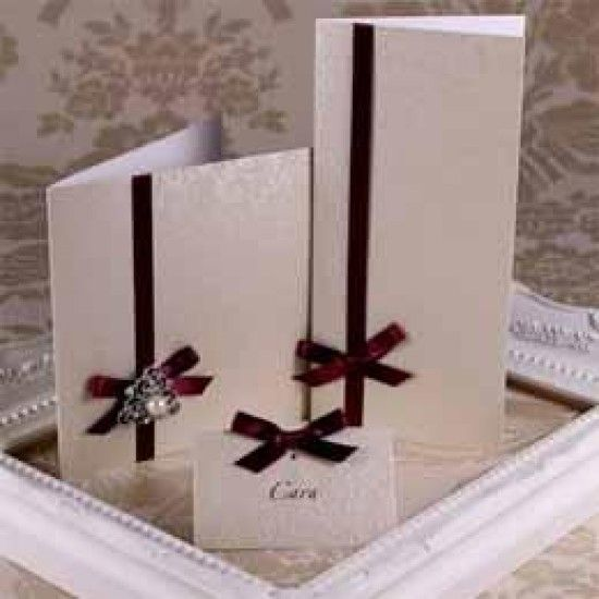 Applique Ivory Creased Cards