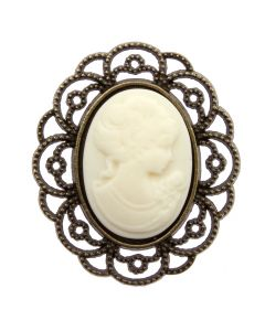 Antique Cameo (Ivory)