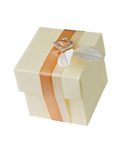 Ivory Silk* Square Favour Box (Pack of 10)