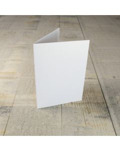Creased Card C6 - White Lustre