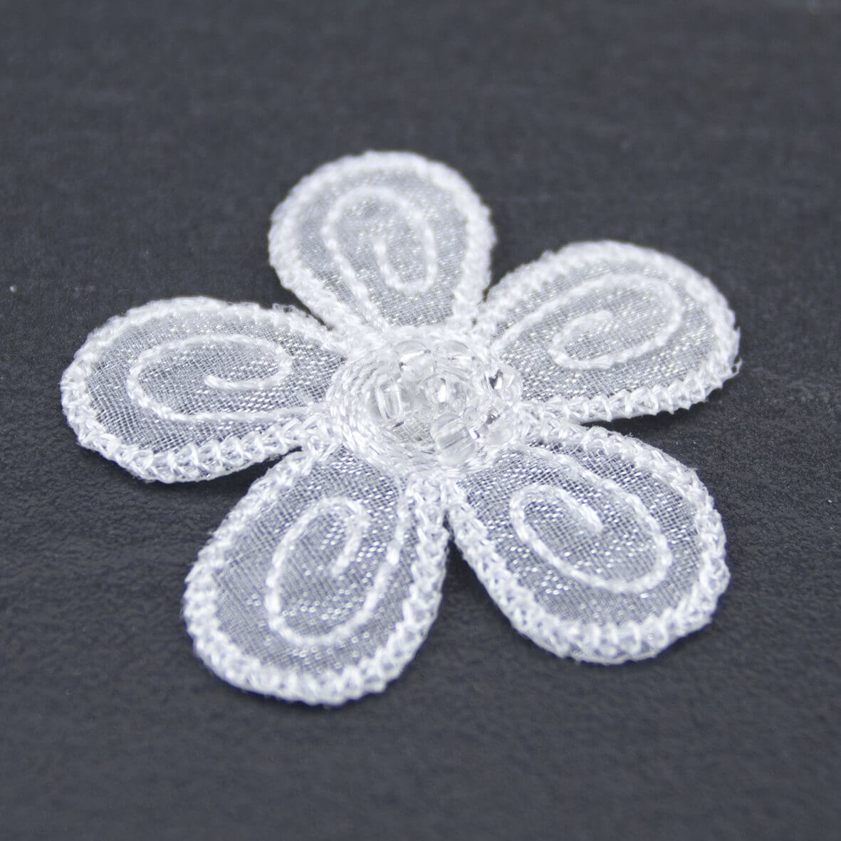 White Beaded Daisy