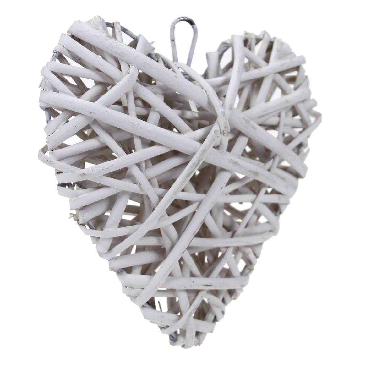 Medium Ivory Wicker Heart