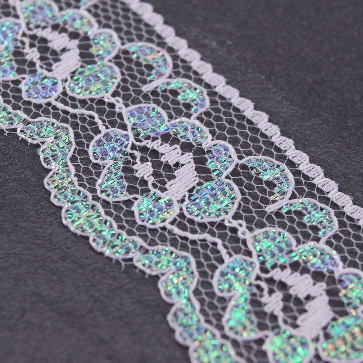 30mm Wide White Iridescent Vintage Style Lace