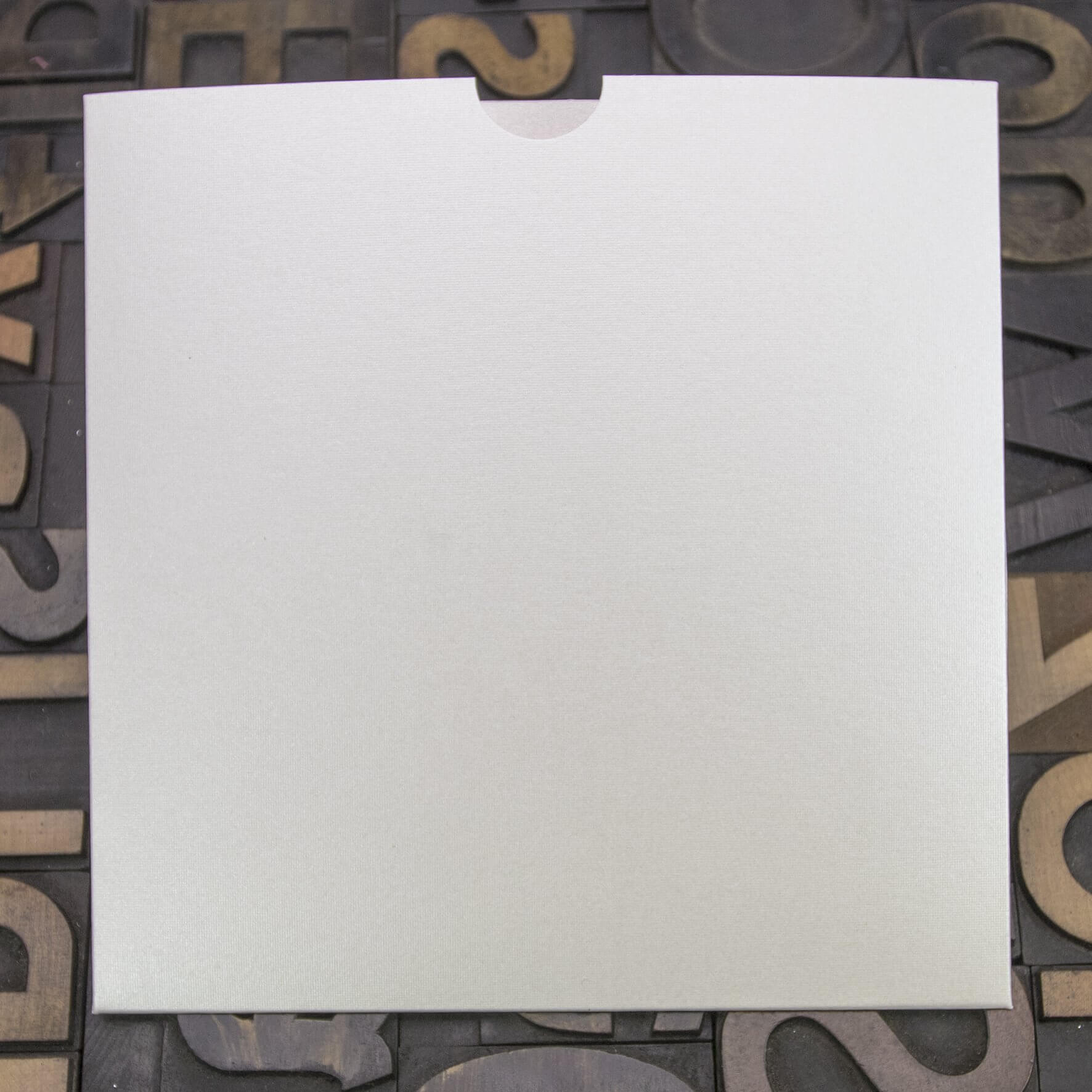 Enfolio Wallet 146mm Sq - Pearlescent Ivory