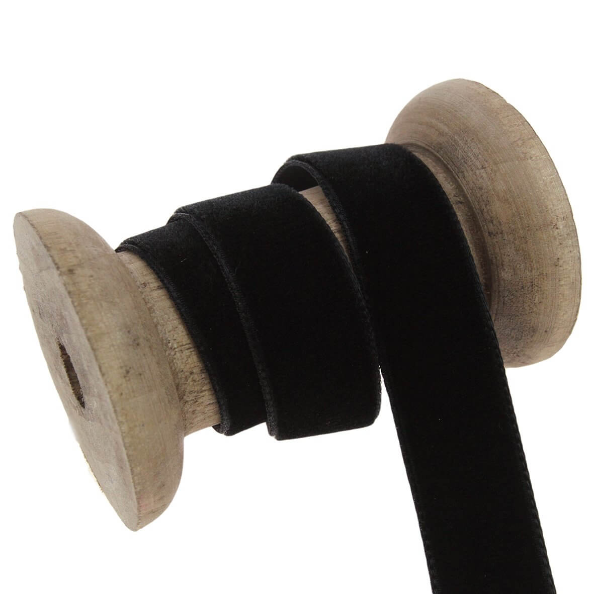 16mm Velvet Ribbon - Colour 9725 (Black) - Display Reel