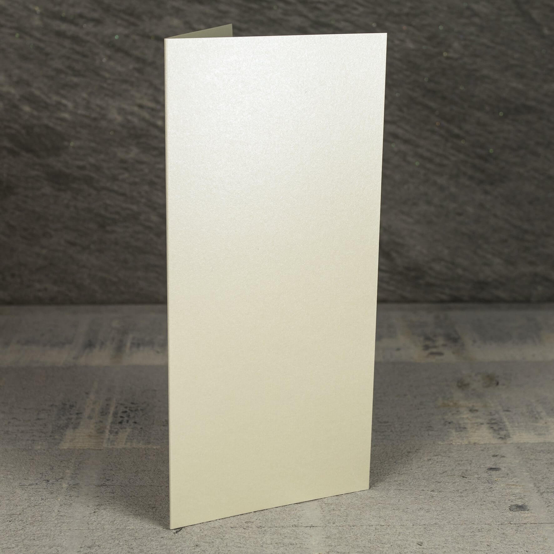 Creased Card Large Tall (DL) - Vintage Ivory