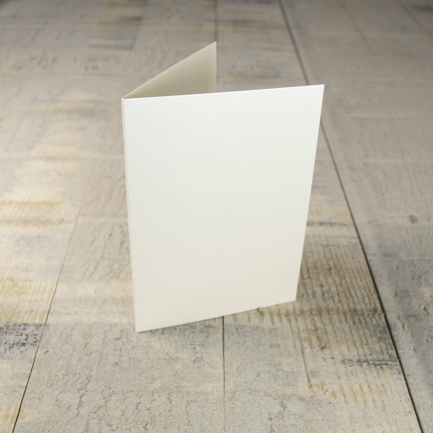 Creased Card C6 - Soft Sheen Ivory