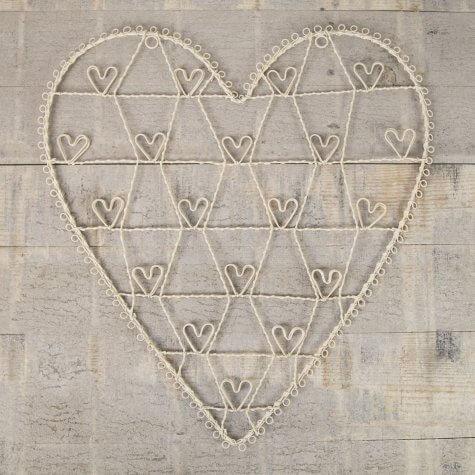 Ivory Heart Wirework Frame